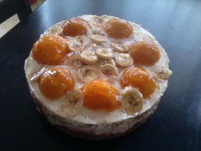 Торта с праскови