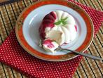 Сладолед с крем сирене и малинов сироп