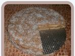 Бисквитена торта с крем от стар хляб
