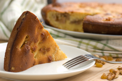 Сладък хляб с мая и ядки