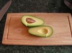 Силна закуска: Яйце в авокадо