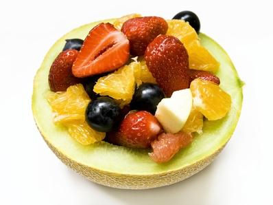 Десерт от ягоди и боровинки