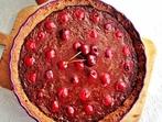 Двойно шоколадова тарта с вишни