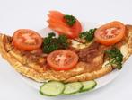 Омлет със сирене и домати