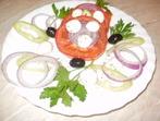 Салатка от домати, моцарела и още нещо