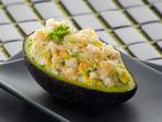 Салата от миди в авокадо