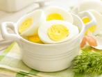 Яйца в пикантен сос