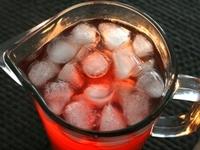 Лимонада със сок от нар