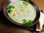 Пасирана спаначена супа с чесън