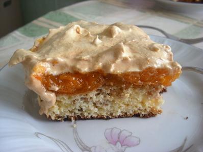 Торта с кайсии