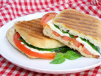 Панини - италиански сандвичи за вкусно лято