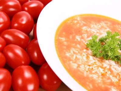 Гъби с ориз и домати