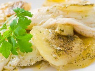 Гювечета с риба и картофи