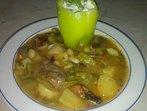 Яхния зелен фасул с месо и картофи