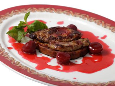 Заешко филе с вишни
