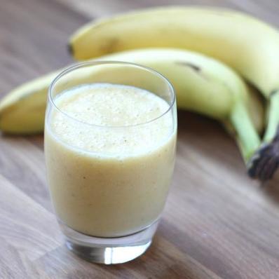 Бананово портокалов шейк