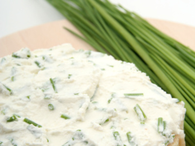 Пастет от сирене и лук