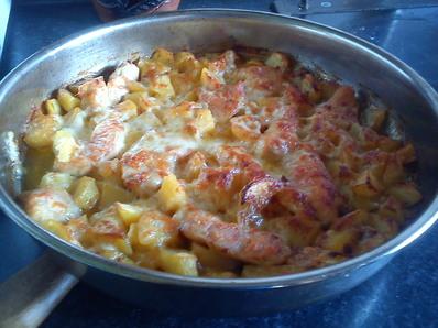 """Картофи с пилешко месо """"Цвети"""""""
