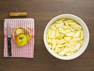Лесен ябълков сладкиш без печене