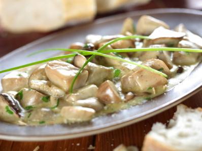 Гъби със сметанов сос