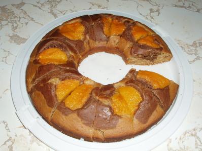 Постен сладкиш с плодове от компот