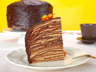Палачинкова торта с лешников крем