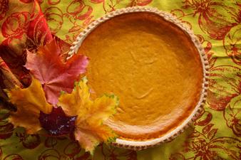 Есента в рецепти: Тиквен пай с ябълки и орехи