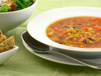 Веджи супа с червен фасул