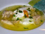 Пилешки бульон с яйце