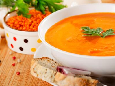 Крем супа от леща и кайсии (Армения)