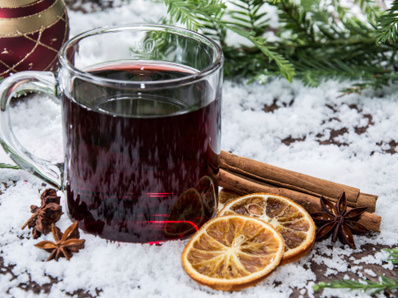 Ароматно греяно вино