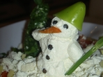 Снежен човек от сирене