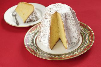 Пандоро - златният коледен хляб