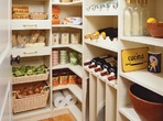 Подредете си помощно кухненско пространство!