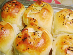 Тестени рулца със сирене