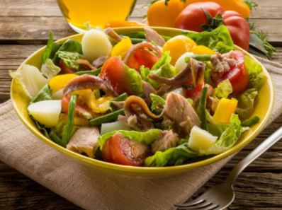 Гръцка салата с картофи