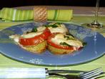 Тиквички с домат и сирене на фурна