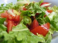 Силна салата със спанак и маруля