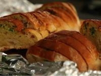 Чеснов хляб