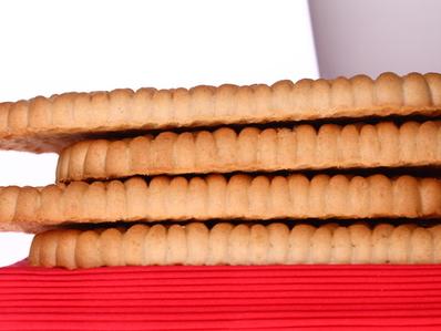 Бисквитено-локумена торта