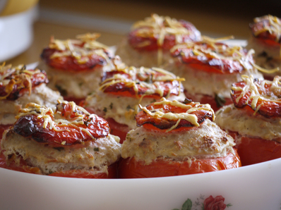 Пълнени домати за гарнитура