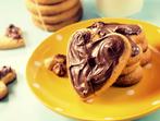 Бисквити с жълтъци
