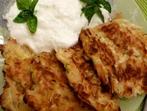 Кюфтета от тиквички и картофи на фурна