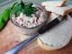 Пастет от крема сирене и зеленчуци