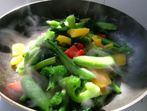 Зеленчуци със сирене на фурна