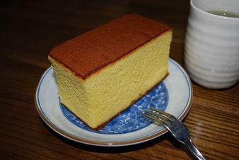 Традиционен японски пандишпанен кекс Кастела