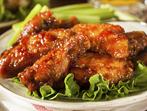 Карамелизирани пилешки крилца