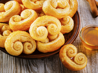 Лесни бутерки с мед и канела
