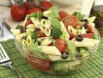 Зеленчукова салата с макарони и дресинг