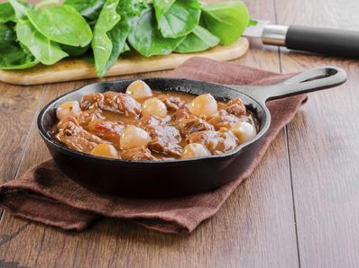 Яхния от свинско с маслини